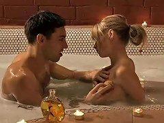Erotic Bath And Sensual Kiss Free Eros Exotica Porn Video